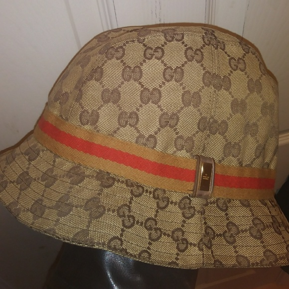 5d81199bffe16 EUC Auth GUCCI bucket hat w rare color scheme